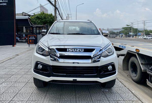 Isuzu MU-X Limited 2020