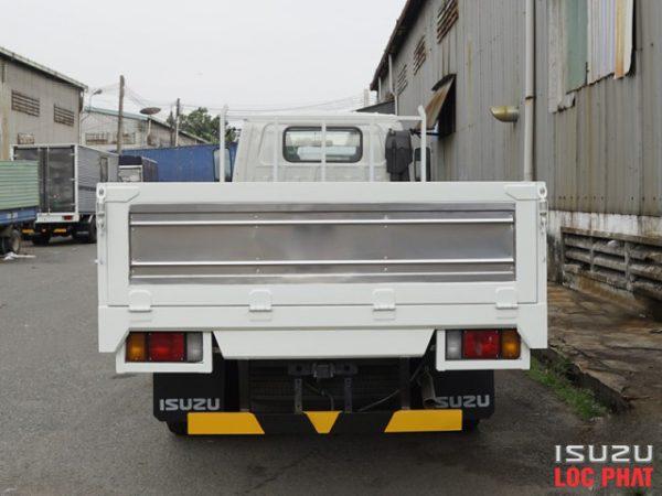 xe-tai-isuzu-qkr270-thung-lung-5